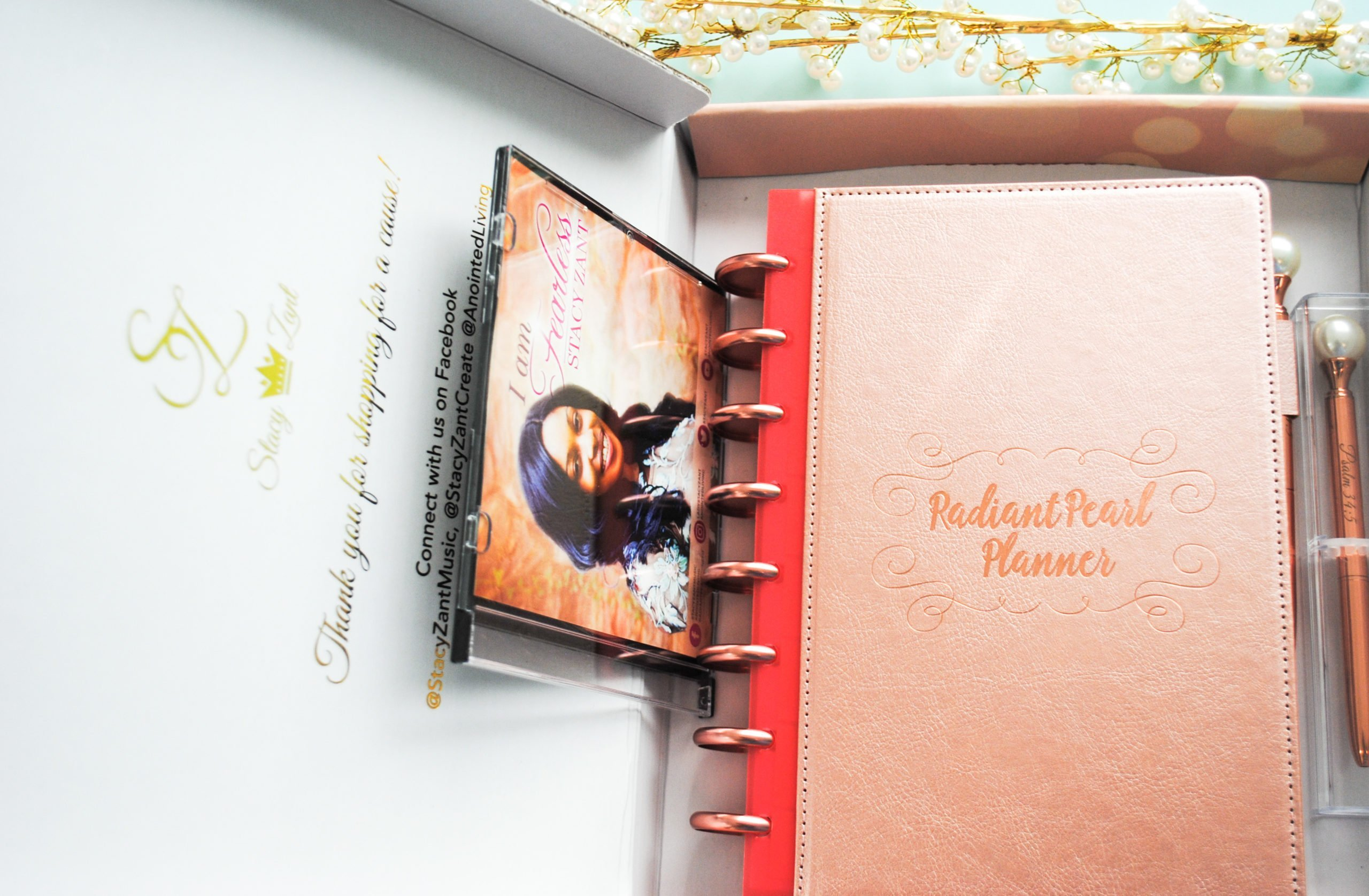 Radiant Pearl Planner Disc-bound planner package 2
